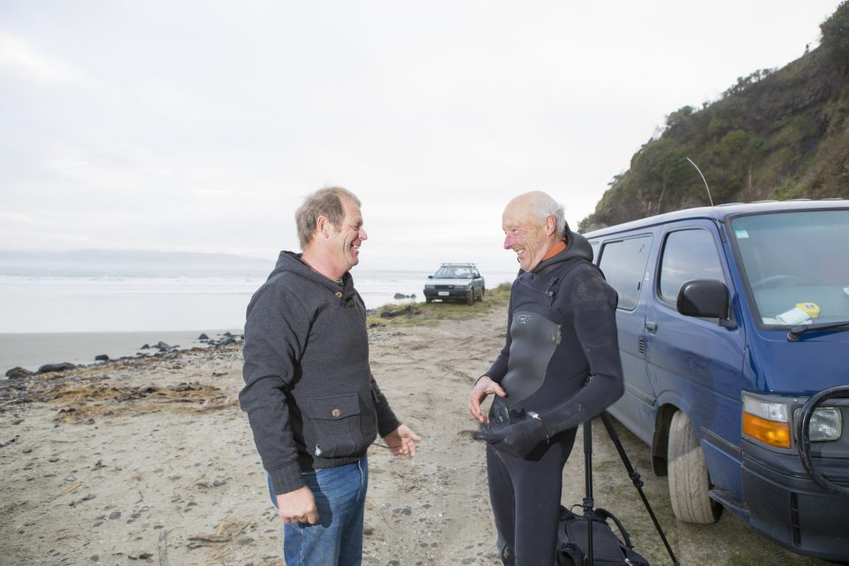 Cog and local shaper Graham Carse share a laugh before a session. Photo: Derek Morrison