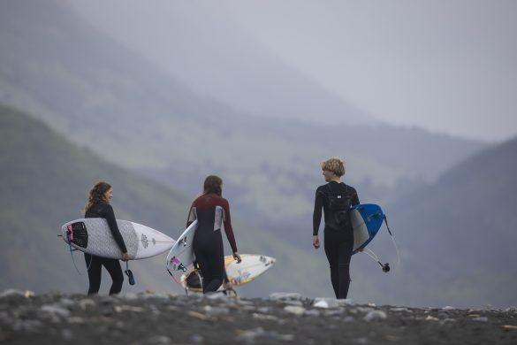 South Coast groms on the freesurf hunt. Photo: Derek Morrison